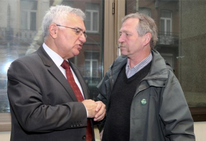 Dalli et J. Bové