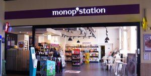 monop-station