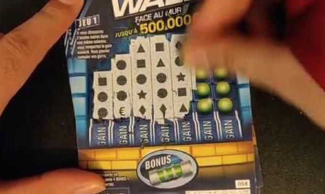 Splitting aces in blackjack